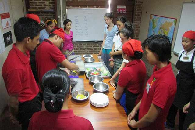 Cooking demonstration for the students from the USA